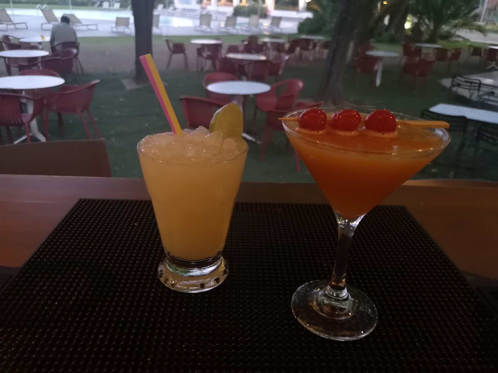 refreshing cocktails at gythion bay